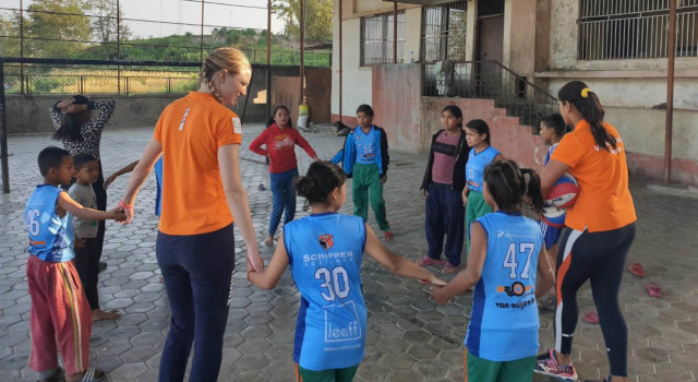 Balls for Nepal from Dutch Volleyball Federation
